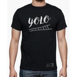 Camiseta YOLO - Cía Lucas...